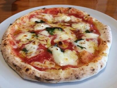 薩摩川内市でランチ!パッソアルナのメニュー各種とおすすめのピザを口コミするよ! | ひろこみゅ